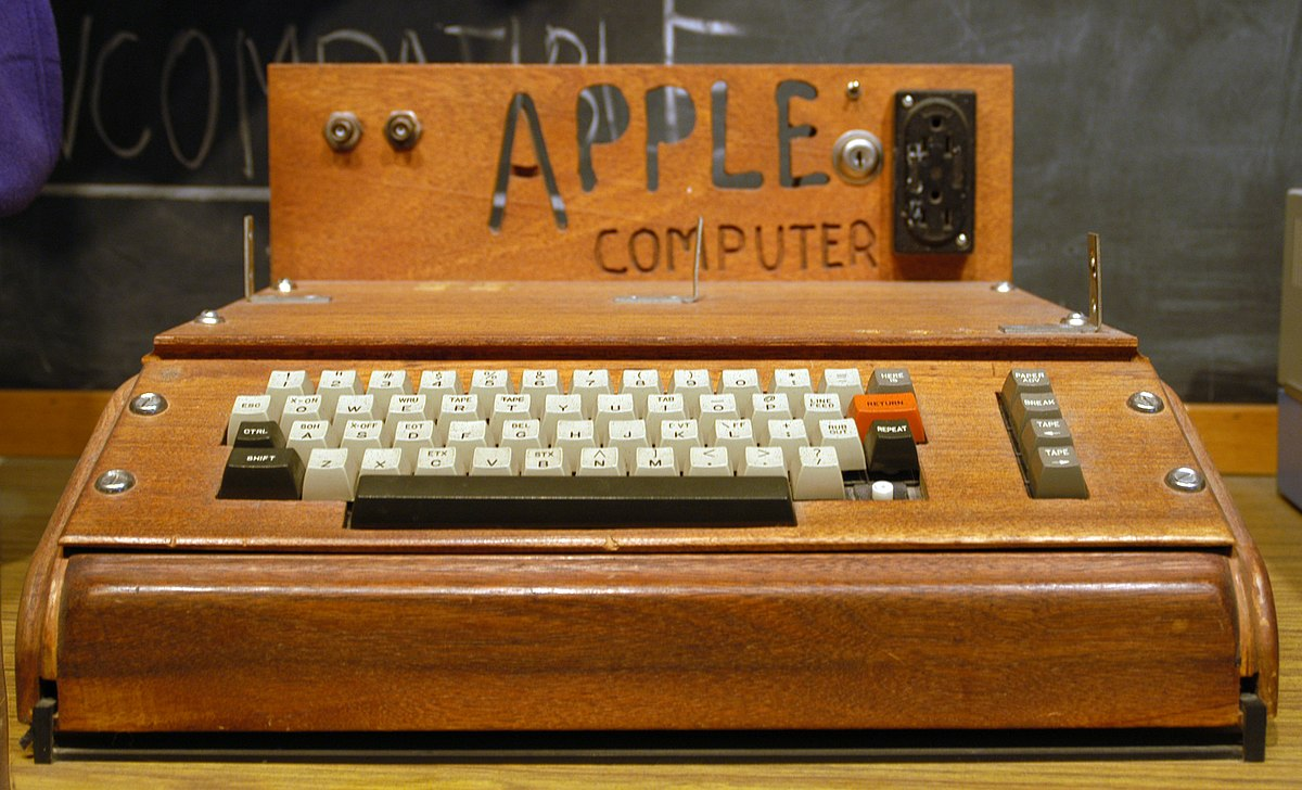 June 29, 1975: The First Apple I Computer Is Tested