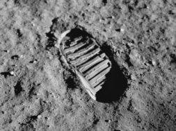 Apollo-11-footprint
