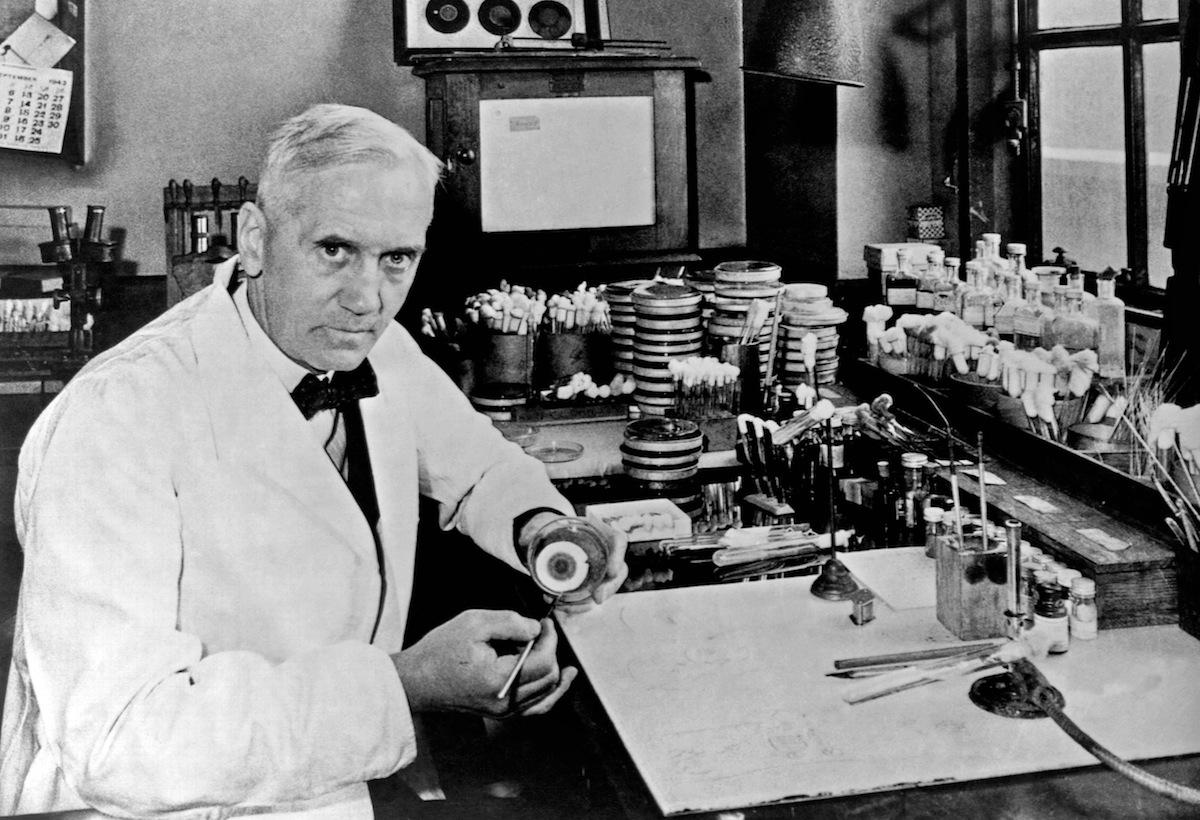 September 28, 1928: Alexander Fleming Accidentally Discovers Penicillin